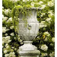 Outdoor Large Vases And Urns The Well Appointed House Luxuries For The Home The Well