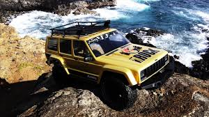 jeep 2000 axial racing scx10 ii 2000 jeep cherokee first run youtube