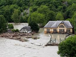 Lourdes France Map by Lourdes Pilgrimage Site Closed By Deadly France Floods Cbs News