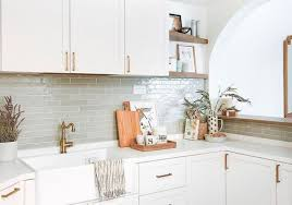 kitchen backsplash ideas for cabinets 16 backsplash ideas for white kitchens