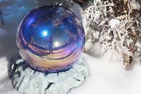 Gazing Globes Gazing Ball Staying In Focus