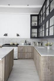 cuisine moyenne gamme rustic kitchen