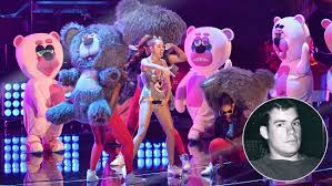 miley cyrus twerking meet todd james the artist behind the bears