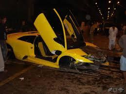 lamborghini car owners in chennai india s most expensive car crash a lambo lp 640 indian