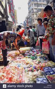 colombo sri lanka 24th dec 2013 people buy christmas