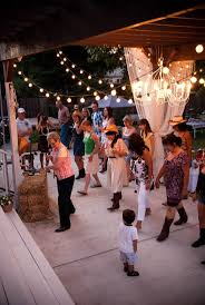 Outdoor Party Games For Adults by Best 25 Backyard Party Lighting Ideas On Pinterest Outdoor