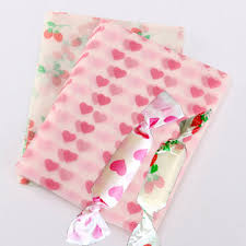 heart wrapping paper 20pcs candy sweet wrapping paper strawberry heart shaped candy