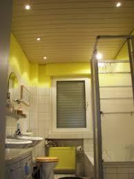 spots im badezimmer badezimmer beleuchtung umbau hallogen spots mit cree