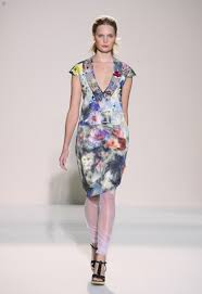 nicole farhi shows summer clothes in london thefashionspot