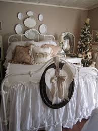 shabby chic bedrooms with brown walls and plates and small
