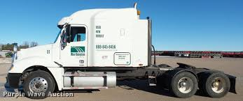 2006 freightliner columbia semi truck item j5452 sold j