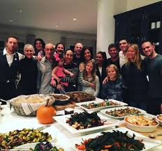 gwyneth paltrow and chris martin celebrate thanksgiving with apple