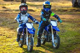 kids motocross bikes boys first time on dirt bikes yamaha ttr 50 2016 gabe and