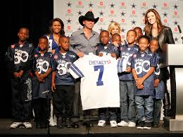 thanksgiving halftime show kenny chesney set to rock the dallas cowboys half time performance