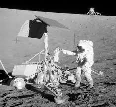 American Flag On The Moon Third Party Evidence For Apollo Moon Landings Wikipedia