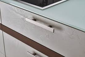 kitchen cabinets with silver handles 30 stunning cabinet knobs and handles kitchen magazine