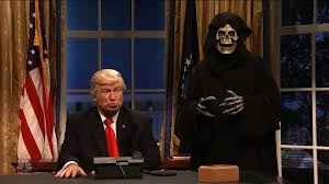 What Desk Is Trump Using by Snl U0027 Trump And Bannon Call World Leaders Cnn Video