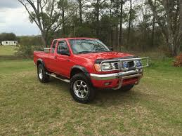 lifted nissan frontier 2000 nissan frontier 3 3 v6 4x4 custom by cole grant carsponsors com
