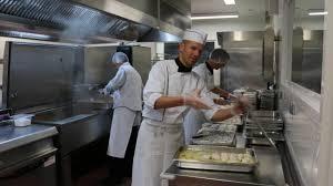 cuisine scolaire cuisine scolaire à fouesnant l excellence est de rigueur info
