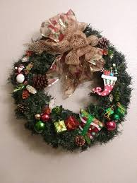 24 spruce wreath blossoms