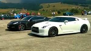 nissan gtr vs loud nissan gtr vs porsche panamera drag race floreni 2016