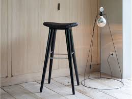 black and white bar stools how to choose and use them posa bar stool rattan on top