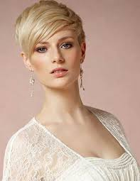 pixie hair cut with out bang 25 short layered pixie haircuts hairstyles haircuts 2016 2017