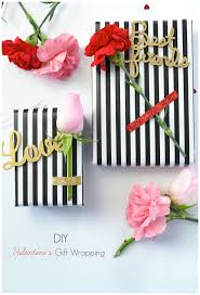 Diy Valentines Day Gift Guide For Friends Family A Diy S Gift Wrapping Idea Using Florals Wood Phrases