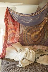10 diy canopy beds to make you feel like you re on safari diy tapestry canopy
