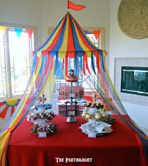 under the big top table decorations carnival and carnival parties