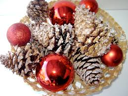 how to make sparkling pinecone fire starters natural green mom