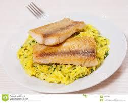cuisine avec du riz filet de poissons avec du riz image stock image du repas