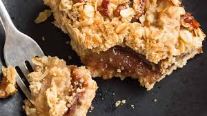 apple streusel bars recipe baked by an introvert