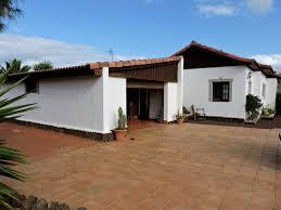 villa for sale near puerto del rosario