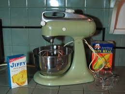 Kitchen Aid Mixers by Update Need A Vintage Cuisinart Or Kitchen Aid Mixer Have I Got