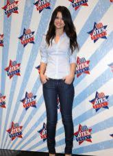 selena gomez casual 10 inspiring fashion wear from selena gomez femaline