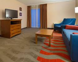 Comfort Inn Suites Airport And Expo Comfort Inn U0026 Suites Airport Hotel In Syracuse Ny