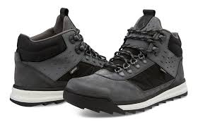 quality s boots cheap volcom s shoes boots and booties sale at top quality for