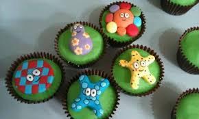 craftbaketacular 6 making u201cin night garden u201d cake
