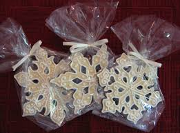 favor cookies snowflake cookie favors frazi s cakes
