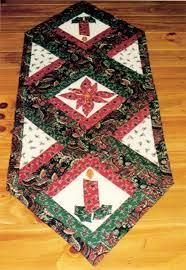 117 best christmas quilts images on pinterest christmas quilting