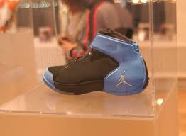 Comfort Shoe Stores Nyc Carmelo Anthony Visits New York For Unveiling Of His New Shoe