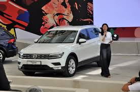 volkswagen touareg 2017 price new volkswagen tiguan launched in malaysia 2 variants from rm149k