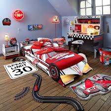 chambre enfant formule 1 10 ambiances pour une chambre de petit garçon but