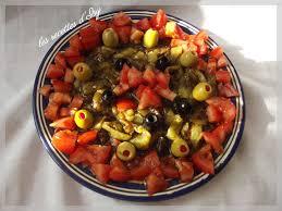 cuisiner le poivron vert salade de poivron vert cuit les recettes d isy