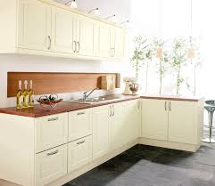 kitchen shaker style cabinets in kitchen shaker style and white