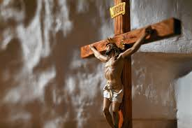 catholic wall crucifix if catholics are idolaters for statues then moses must be