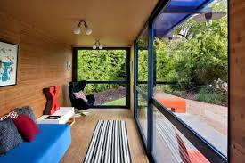 Shipping Container Homes Interior Sustainable Shipping Container House With A Rooftop Garden