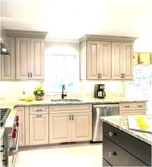 kitchen cabinets without crown molding kitchen cabinets moulding s installati kitchen cabinets without