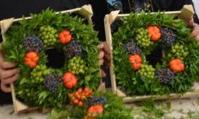 turkish fruit wreaths veiling rhein maas
